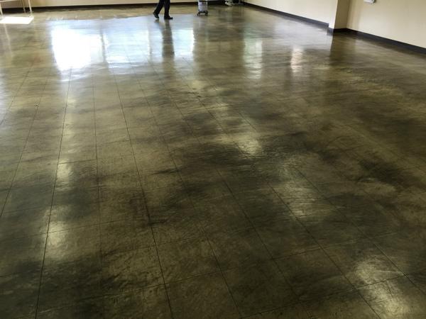 工場の食堂床清掃 高崎市のお客様のサムネイル