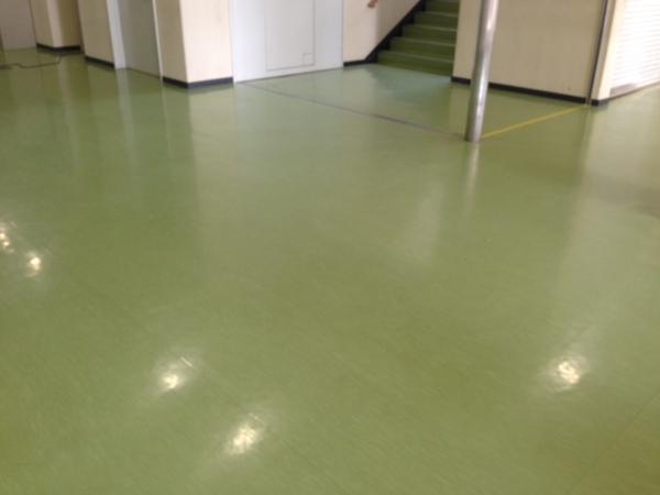 群馬県立高校様の床ワックス清掃