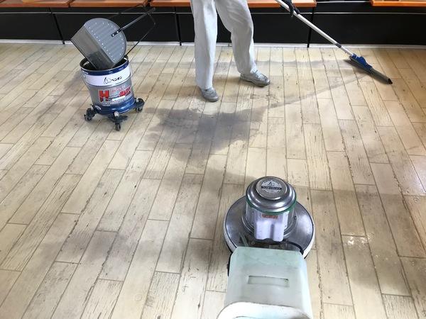 飲食店の清掃に伺いました。群馬県伊勢崎市